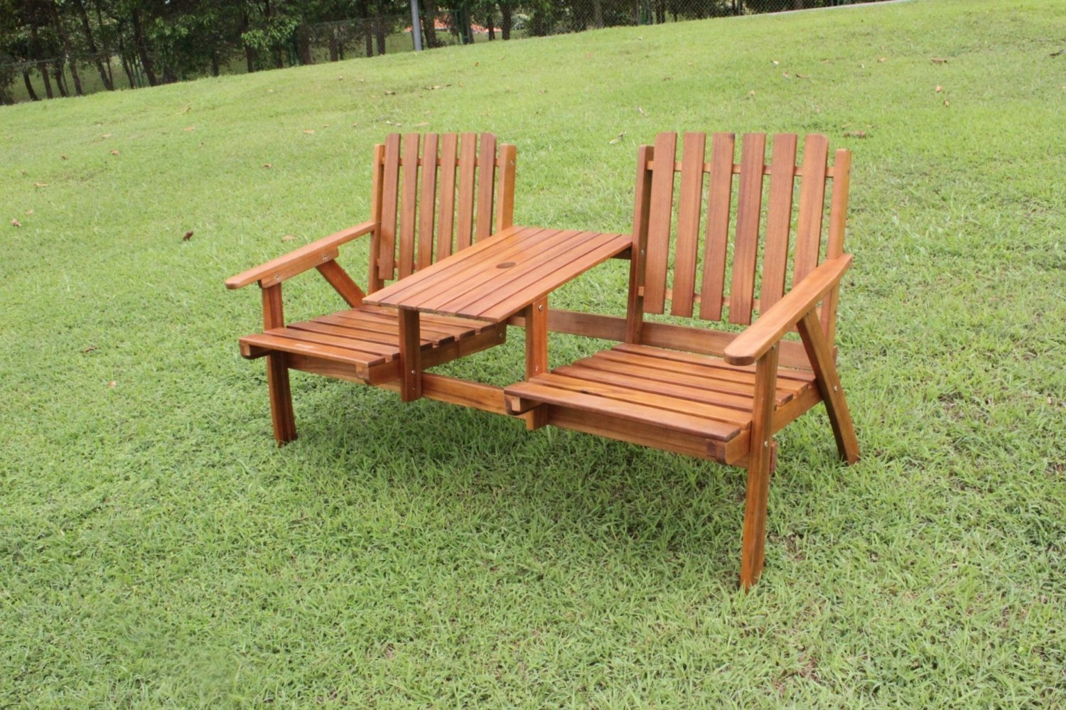 Tete a tete 2 seater love seat simply wood for Hardwood outdoor furniture